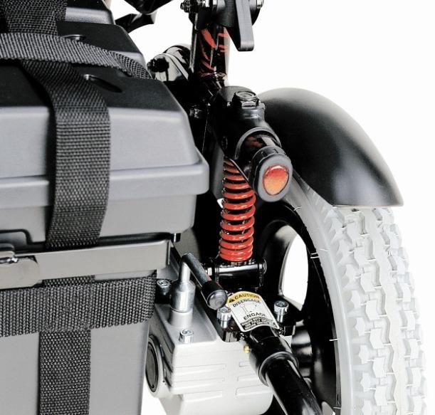 P110管狀可收折電動輪椅 3